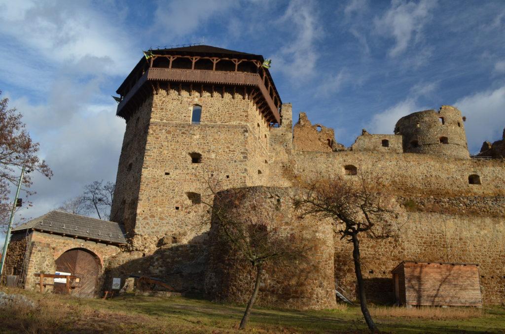 TOP pamiatka v regióne Novohrad. Fiľakovský hrad, Bebekova bašta. Foto - M.Mesiarik